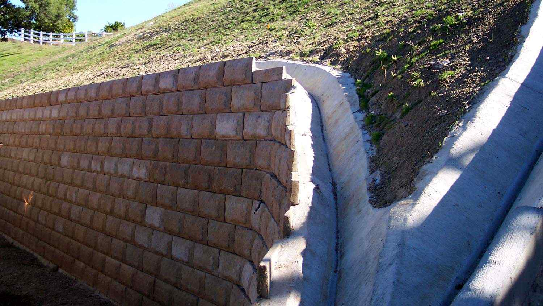 utah-retaining-walls-commercial-000